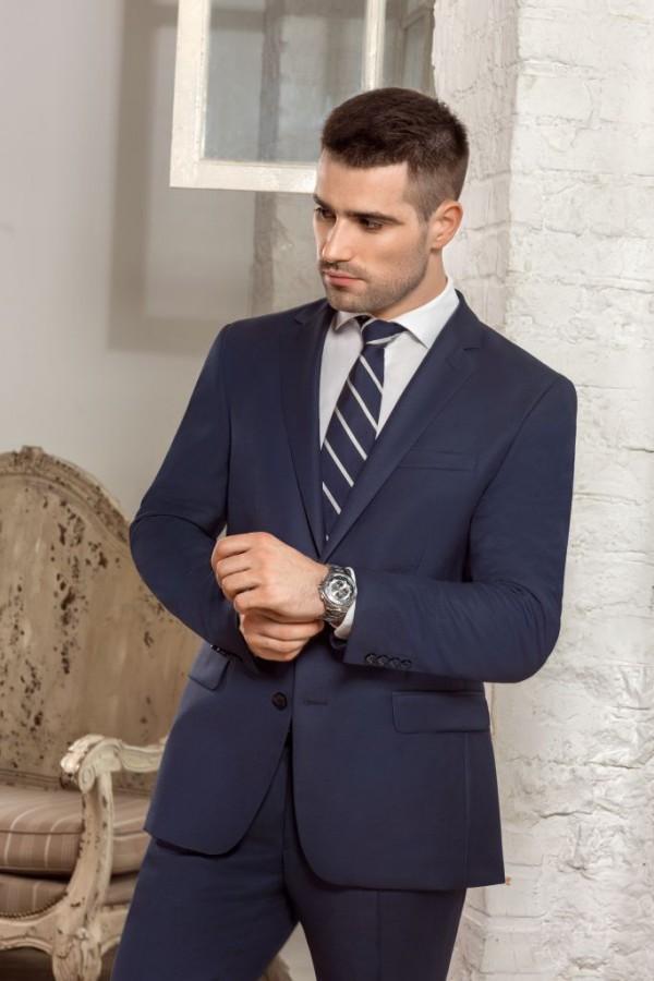 c2f5d194c34c Марка «Сударь» существует на рынке легкой промышленности более 20 лет. В  основном это классическая мужская одежда, выполненная из шерстяных,  полушерстяных, ...